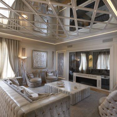 Salone in stile contemporaneo di lusso